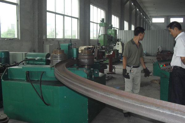 H-beam bending machine